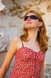 Glaces de fille au soleil Image stock