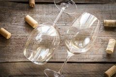 Glaces de vin blanc Photographie stock libre de droits