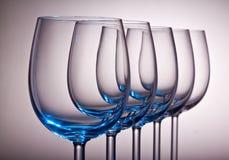 Glaces de vin dans une ligne Image libre de droits
