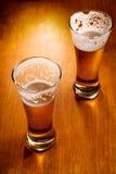 glaces deux sélecteurs d'orientation de bière Photos libres de droits
