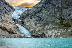 Glaciär Briksdal i nationalparken, Norge Royaltyfri Bild