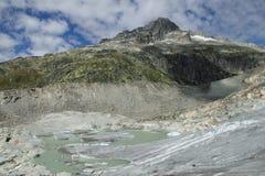 glaciär som smälter rhone Arkivbilder