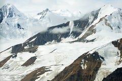 Glaciärer och snöig berg i den Kluane nationalparken, Yukon 02 Fotografering för Bildbyråer