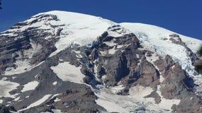 Glaciärer på lutningarna av Mount Rainier Royaltyfria Bilder