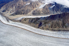 Glaciärer som konvergerar i den Kluane nationalparken, Yukon Arkivbilder
