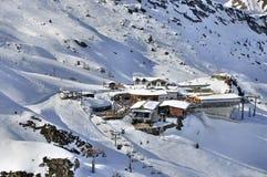 glaciärhintertux skidar stationen royaltyfria foton