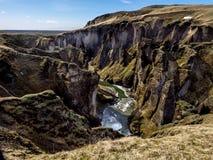 Glaciärkanjon i Island Arkivfoto