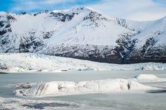 Glaciärlagun av den Skaftafell nationalparken av sydliga Island Arkivfoto