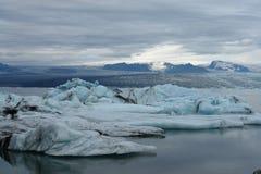 Glaciärlagun, Jokulsarlon, Island Arkivbilder