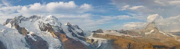 glaciärmatterhorn panorama arkivbilder