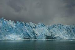 glaciärmoreno perito Arkivfoton