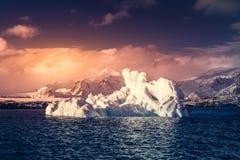 Glaciar antártico Fotos de archivo libres de regalías