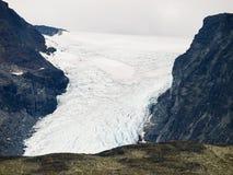 Glaciar con las hendiduras Fotos de archivo libres de regalías