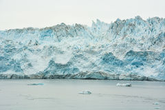 Glaciar de Hubbard en un día nublado foto de archivo