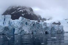 Glaciar de la bahía del paraíso de Ant3artida Imagen de archivo libre de regalías
