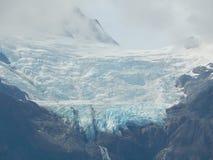 Glaciar de la cima de la montaña Imágenes de archivo libres de regalías