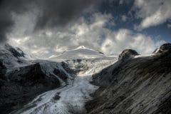 Glaciar de la montaña Fotos de archivo libres de regalías