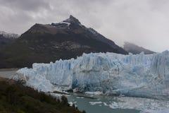 Glaciar de Perito-Moreno imagenes de archivo