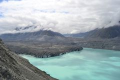 Glaciar de Tasman en nubes fotos de archivo