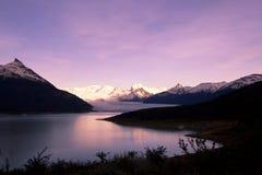 Glaciar en la puesta del sol Foto de archivo