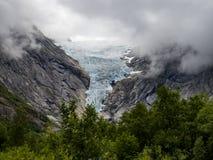 Glaciar en un fiordo noruego fotos de archivo libres de regalías