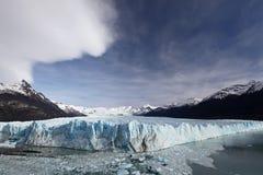 Glaciar enorme Fotos de archivo libres de regalías
