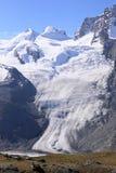 Glaciar hermoso en Cervino Fotos de archivo libres de regalías
