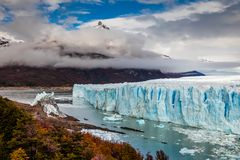 Glaciar Perito Moreno National Park en otoño La Argentina, Patagonia fotografía de archivo libre de regalías