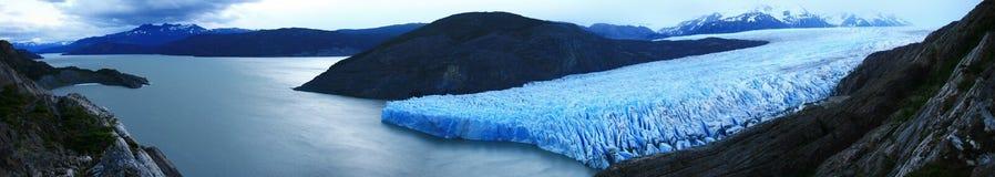 Glaciar y lago grises panorámicos, patagonia Chile Imagen de archivo libre de regalías