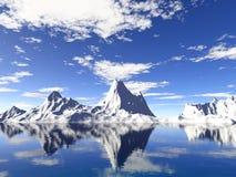 Glaciares de Alaska con la reflexión del agua Foto de archivo