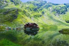 Glacier湖Balea风景  免版税图库摄影