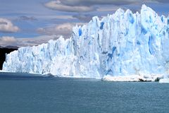 Glacier Cliff Royalty Free Stock Photography