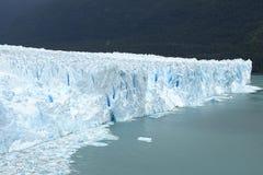 Glacier de Perito Moreno, beau mur bleu de glace, Argentine Photo stock