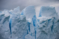 Fin de glacier de Perito Moreno vers le haut Image libre de droits
