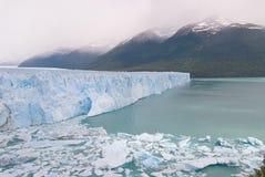 Glacier de Perito Moreno dans le Patagonia Photographie stock libre de droits