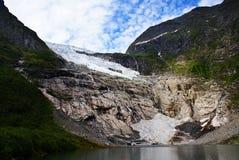 Glacier en Norv?ge Paysage montagneux de la Norv?ge Nuages et montagnes photo libre de droits