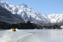 Lake Mount Cook Royalty Free Stock Image