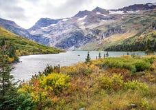Glacier National Park del lago gunsight immagini stock libere da diritti