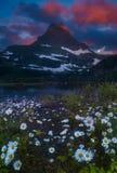 Glacier Nationalpark an der Dämmerung Lizenzfreies Stockbild