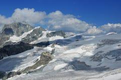 Glaciers et montagnes photographie stock