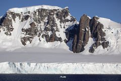 Glaciers and mountains of Antarctica Royalty Free Stock Photography