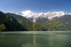 glaciärmontana nationalpark berg för berg för lake för gummilacka för corsica corsican crenode france Arkivfoto