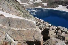 Glacjalny jezioro w Aragon Pyrenees Obrazy Stock