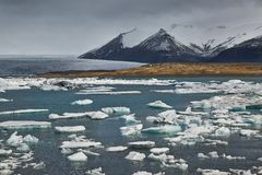 Glacjalny jezioro w Iceland Zdjęcia Stock