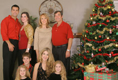 glad barnjulfamilj Royaltyfria Bilder