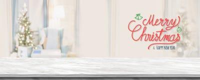Glad jul för röd handskrift och lyckligt nytt år över grå mor arkivbild