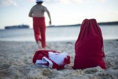 Glad jul i sommar från tropiskt klimat royaltyfria bilder