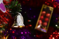 Glad jul Klocka för brosur och baner Royaltyfria Bilder