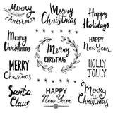 Glad jul, lyckligt nytt år, ferier, Holly Jolly, Santa Claus Hand dragen bokstäverdesignuppsättning vektor illustrationer