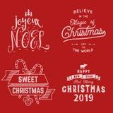 glad jul Lyckligt nytt år Joyeux Noel 2019 Typografiuppsättning Semestra logoen, emblem, textdesign Bruk för t-skjortor royaltyfri illustrationer